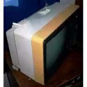 Clásico Televisor Hitachi