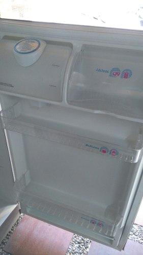 Nevera Centrales No Frost 242 Litros
