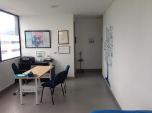 Cod. ABMIL2835 Consultorio En Arriendo En Bogota Santa