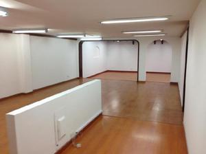 Cod. ABMIL2838 Oficina En Arriendo En Bogota Santa Barbara