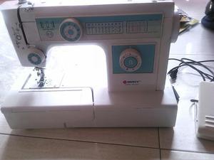 Maquina de coser y fileteadora Gemsy