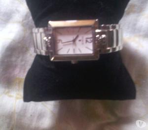 Vendo hermoso Reloj