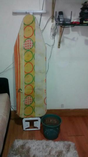 Mesa de Planchar Y Papelera