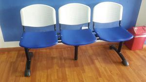 Sala de espera bogot posot class for Sillas sala de espera