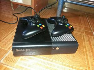 Xbox 360 E Superslim 5.0, 2 Controles