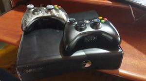 Xbox 360 con 2 Controles, Chip 3.0