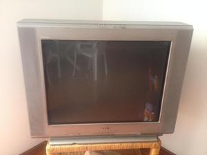 Se vende TV 21 sony
