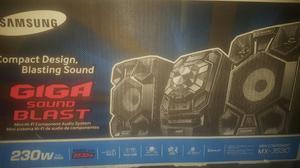 Mini Componente Samsung Giga Sound Blast