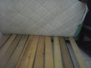 Cama sencilla met lica de segunda posot class for Colchon cama sencilla