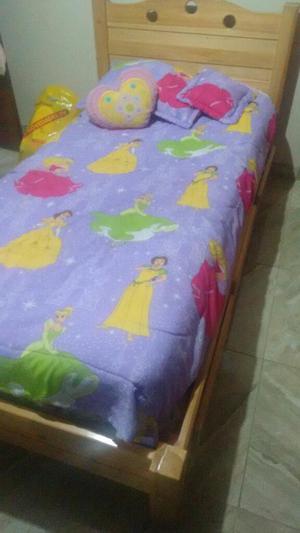 Cubrelecho y juego cama sencilla multi floral posot class for Colchon cama sencilla