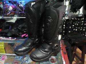 botas de protección para moto nuevas con canillera y