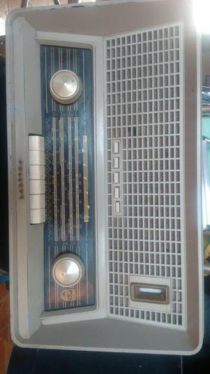 radio antiguo marca PHILIPS