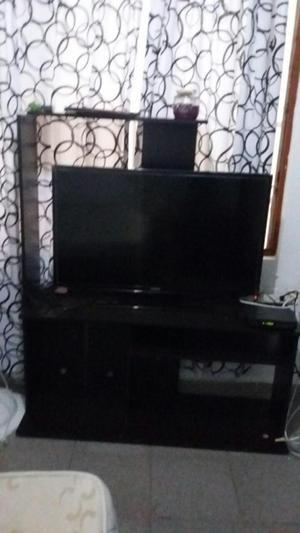 MUEBLE PARA TELEVISOR LED Y TEATRO EN CASA