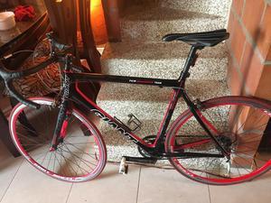 Vendo Bicicleta Giant Tcr en Carbono