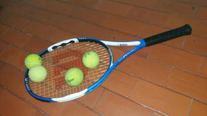 Raqueta de Tenis Marca Wilson.