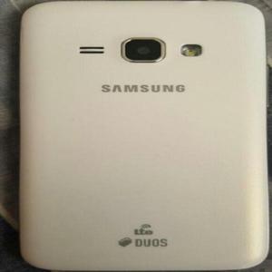 Vendo Samsung J1 con Accesorios - Barranquilla