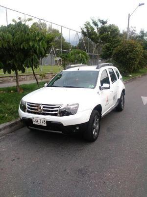 se vende camioneta Duster 4x4 - Medellín