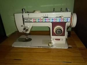 se vende maquina de coser marca phaff 939 industrial -