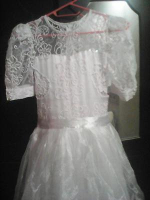 vendo hermoso vestido para primera comunión