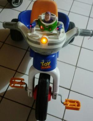 Triciclo de Toy Story. Luces Y Sonidos