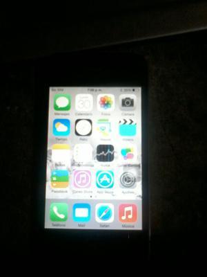 Se Vende iPhone 4 en Buen Estado.