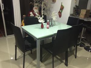 Comedor vidrio templado 2 mesas auxiliares posot class for Mesa vidrio