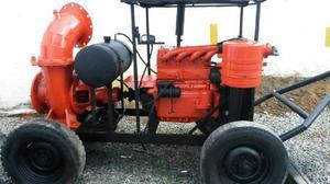 Motobomba de caudal con motor Zetor de 12 pulgadas -