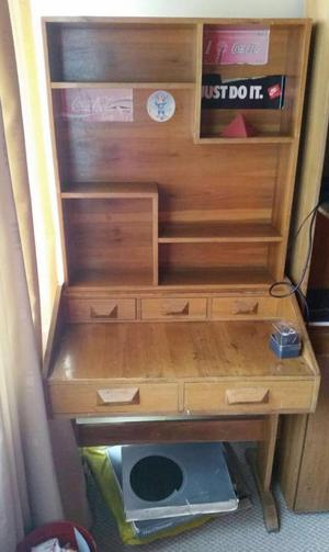 Mueble de escritorio en madera y cuero posot class for Mueble para escritorio