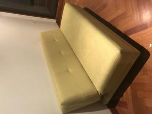 Sofá Cama doble muy práctico color verde perfecto para