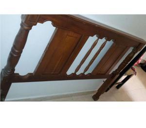 Vendo cama doble en madera cedro