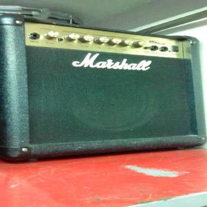 Amplificador Marshall de Guitarramg15cdr - Bogotá
