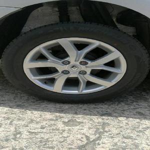Juego de Rin 15'' Original Renault - Manizales