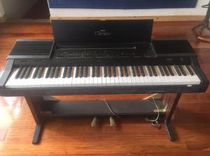 Vendo piano digital o clavinova yamaha permuto posot class for Yamaha clavinova cvp 303