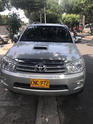 Toyota Fortunner Diesel - Villa del Rosario
