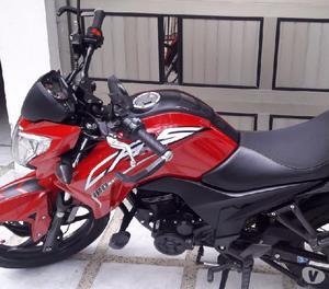Vendo moto Akt CR5 como nueva