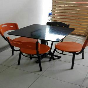 Sillas Y Mesas Restaurante - Manizales