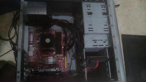 Vendo o Cambio PC de Mesa 5GB RAM Pantalla 17 Fuente poder