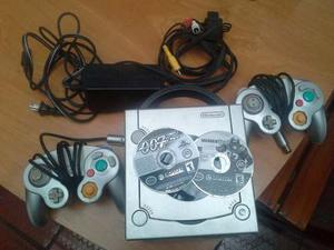 Nintendo Gamecube Con 2 Controles Y 2 Juegos, En Buen Estado