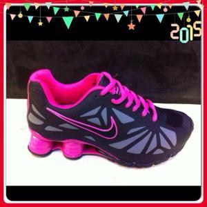 Vendo Tenis Nike. Turbo Shox Talla 35_36