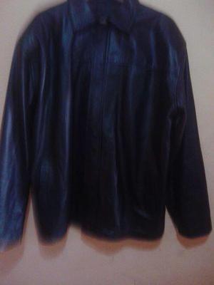chaqueta de cuero marca artelpiel...Esta cas nueva solo fue