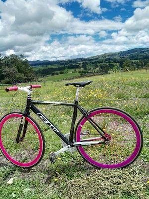 Bicicleta Fixed Gw Avanti
