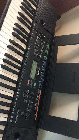Organeta Teclado 5 Octavas Yamaha