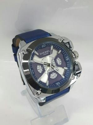 Reloj Diesel Plateado con Azul