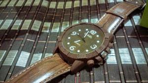 Reloj Retro Tipo Madera Vintage Caoba