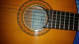 Vendo o Cambio Hermosa Guitarra Yamaha C40