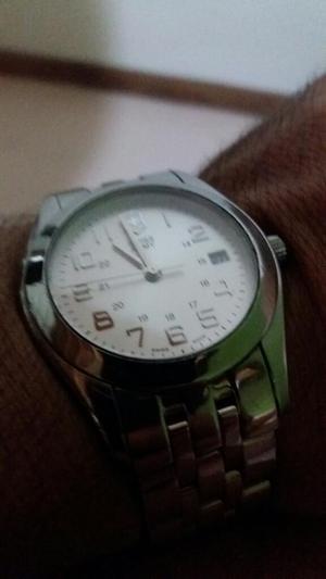 Reloj Victorinox Cruz Blanca Suizo.