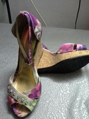 Se Venden Zapatos de Mujer