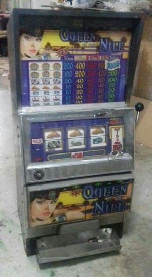 Tres Maquinas de Casino