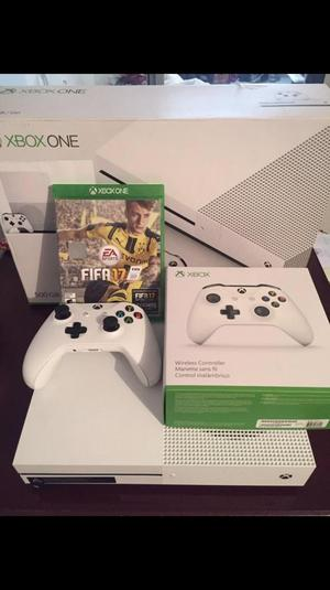Xbox One S 500Gb Dos Controles Y Fifa17
