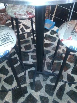 4 mesas y 12 sillas metalicas para cafe bar como nuevas